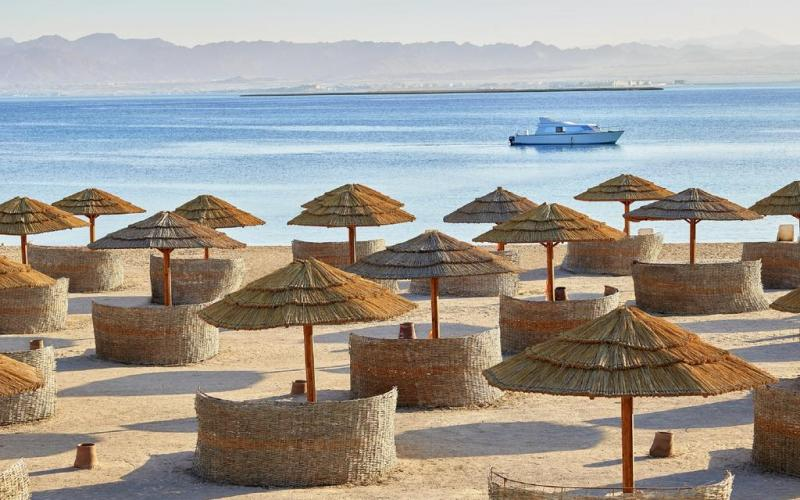 Sheraton Sharm Hotel, Resort, Villas & Spa - beach -